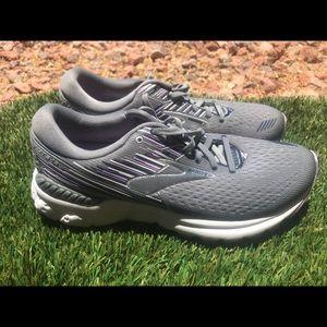 Women's Brooks Adrenaline GTS 19 Running shoes 9.5